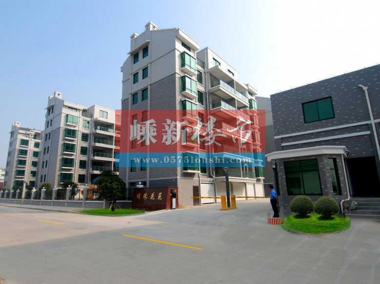 A030417出租城东开发区明珠花苑套房5/6,90平方,三室两厅一厨一卫,一户一梯,一中旁边,租金1600元/月