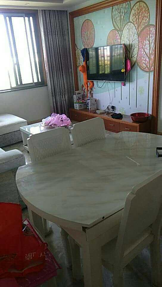 01161  出售枫桦名邸4楼76平方 两室两厅精装修的婚房,车棚一个的实拍照片
