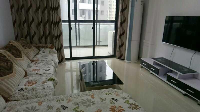 01281出售暂时不卖了;正大新世界7楼,面积89平方,二室两厅一厨一卫,方向朝南,精装修的实拍照片