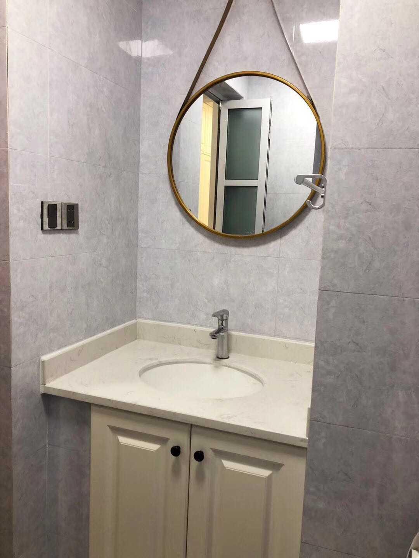 0307出租吾悦单身公寓精装修,拎包入住,巧妙装修,淡灰色调,温馨雅致,电器齐全,有意者面谈