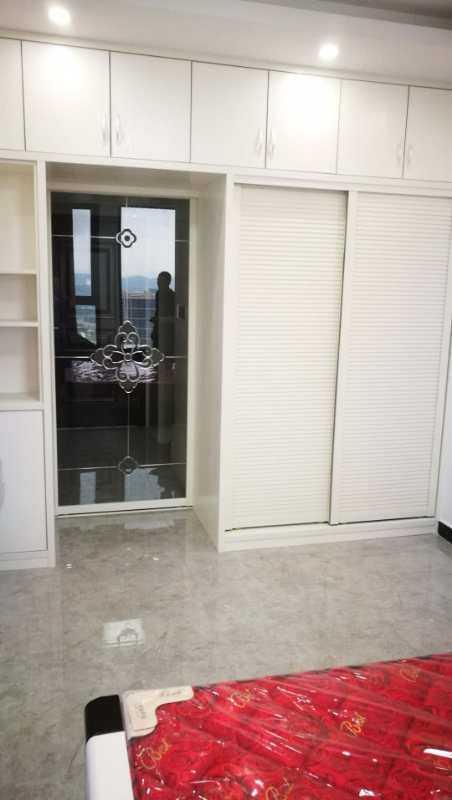 0422出租吾悦单身公寓,朝南31楼阳光好,精装修,拎包入住的实拍照片