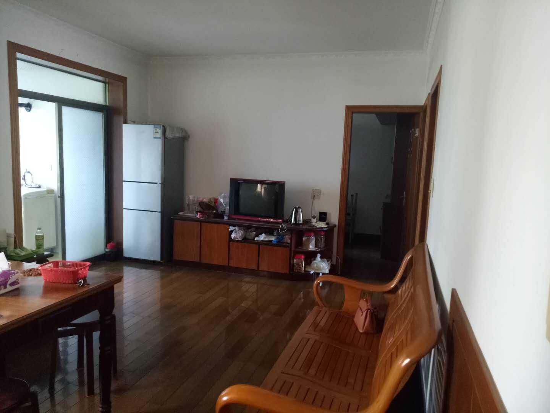 06075出售兴隆街4楼精装修 面积88平方 车棚3.5平方 3-1-1 1994年房子的实拍照片