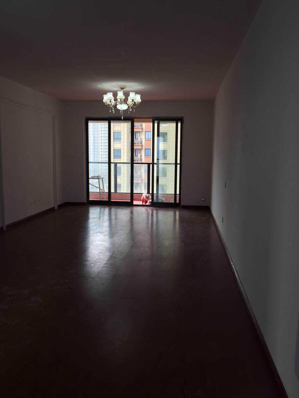 06165出售香悦半岛12楼简单装修