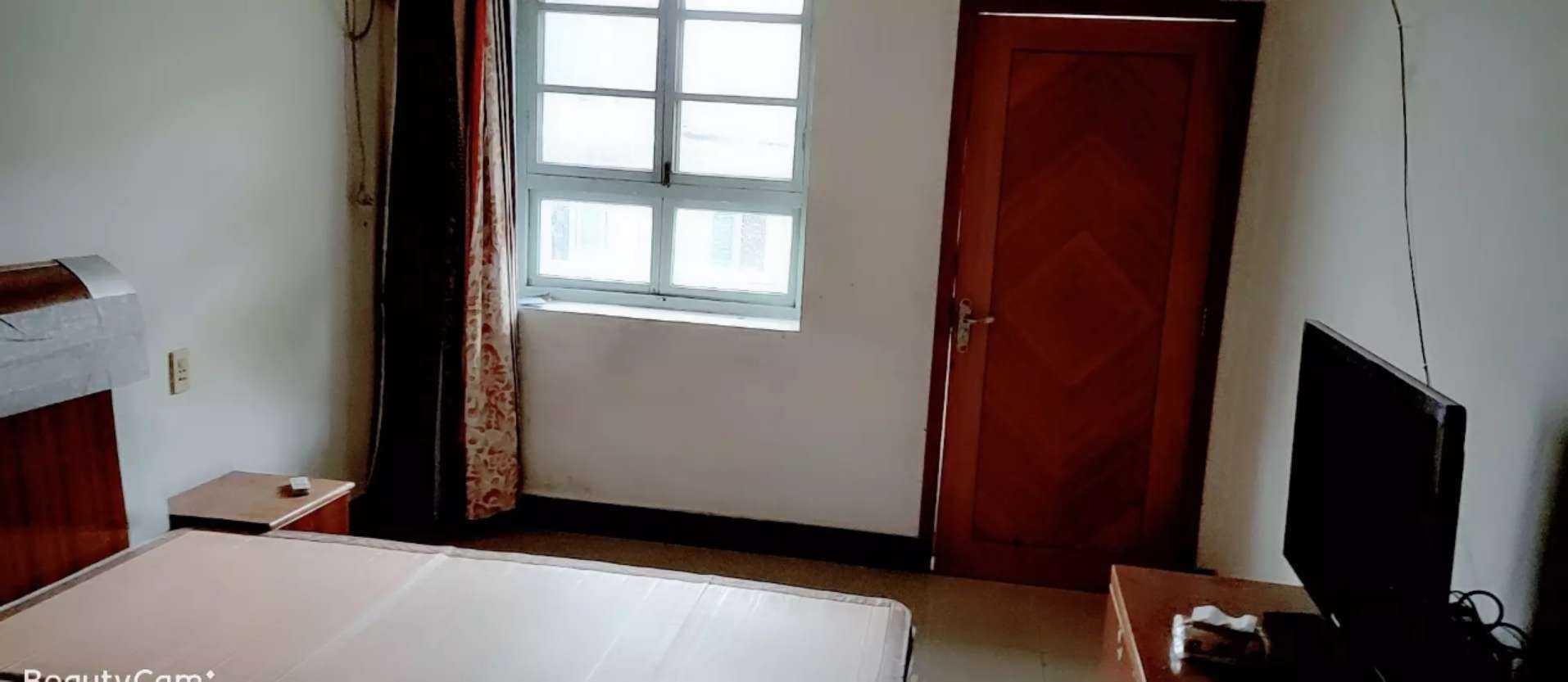 06181出租北直街艺术村3楼(嵊州中学后面),空气好,阳光充足,因为是套房,所以拒绝养宠物,沙发空调齐全,55平方的实拍照片