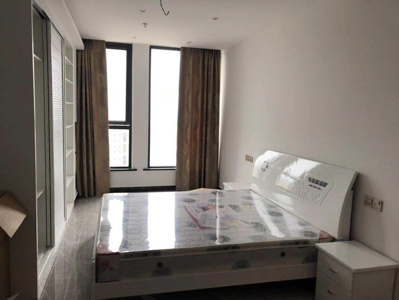 07044出售吾悦单身公寓16楼,45平方,朝南,全新装修,拎包入住,售价40.8万