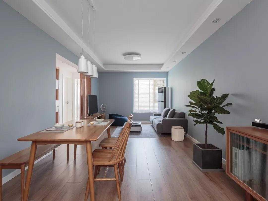 90㎡简约小三房,卧室定制床,小空间利用直叫漂亮!