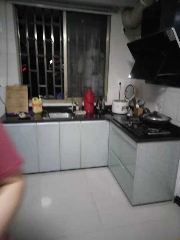 08245出售东豪新村简易住房
