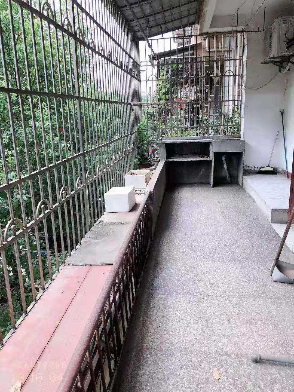 10061出售三江南街2/6楼、100平方