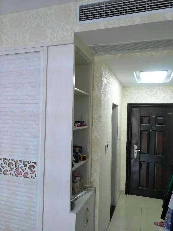 11048出售世贸金樽单身公寓47平方,1室1厅1厨1卫,东边套,阳光好,可以晒衣服,精装修,售价41.8万的实拍照片