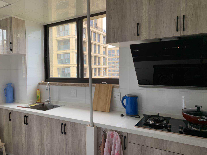 出售玉蘭花園25樓,89平方,三室二廳一廚一衛,的實拍照片