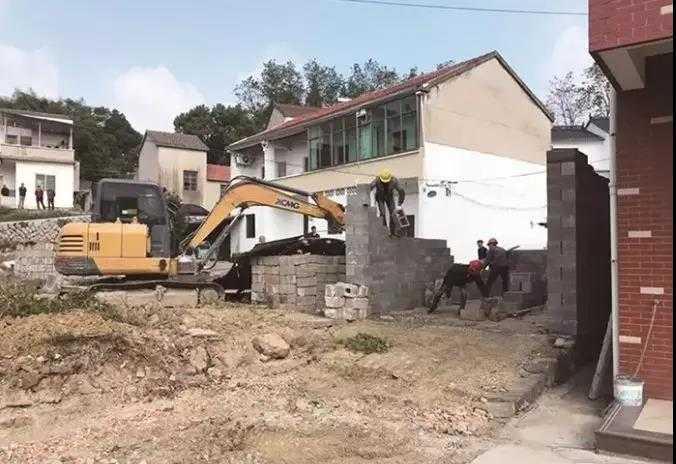 嵊州这里大批违章建筑被拆除,夷为平地,村民却鼓掌叫好!