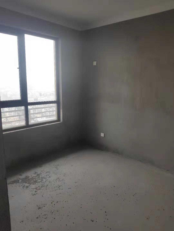12014出售君悦新天地24/32楼,三室两厅两卫三阳台,134.6平方,售价119.8万的实拍照片