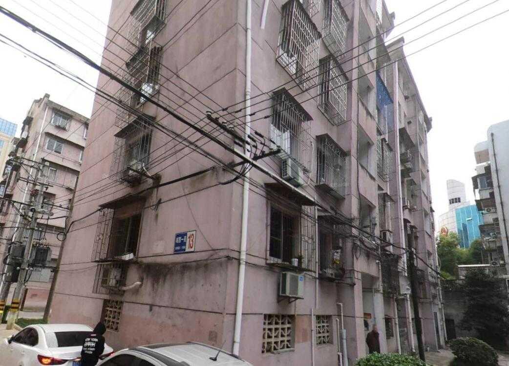 A0107城西一苑出租,2室2厅,精装修,家电家具齐,1800元一个月