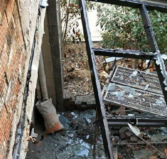 執法大隊趕到!嵊州別墅私搭建筑被拆,就這樣上萬塊沒了