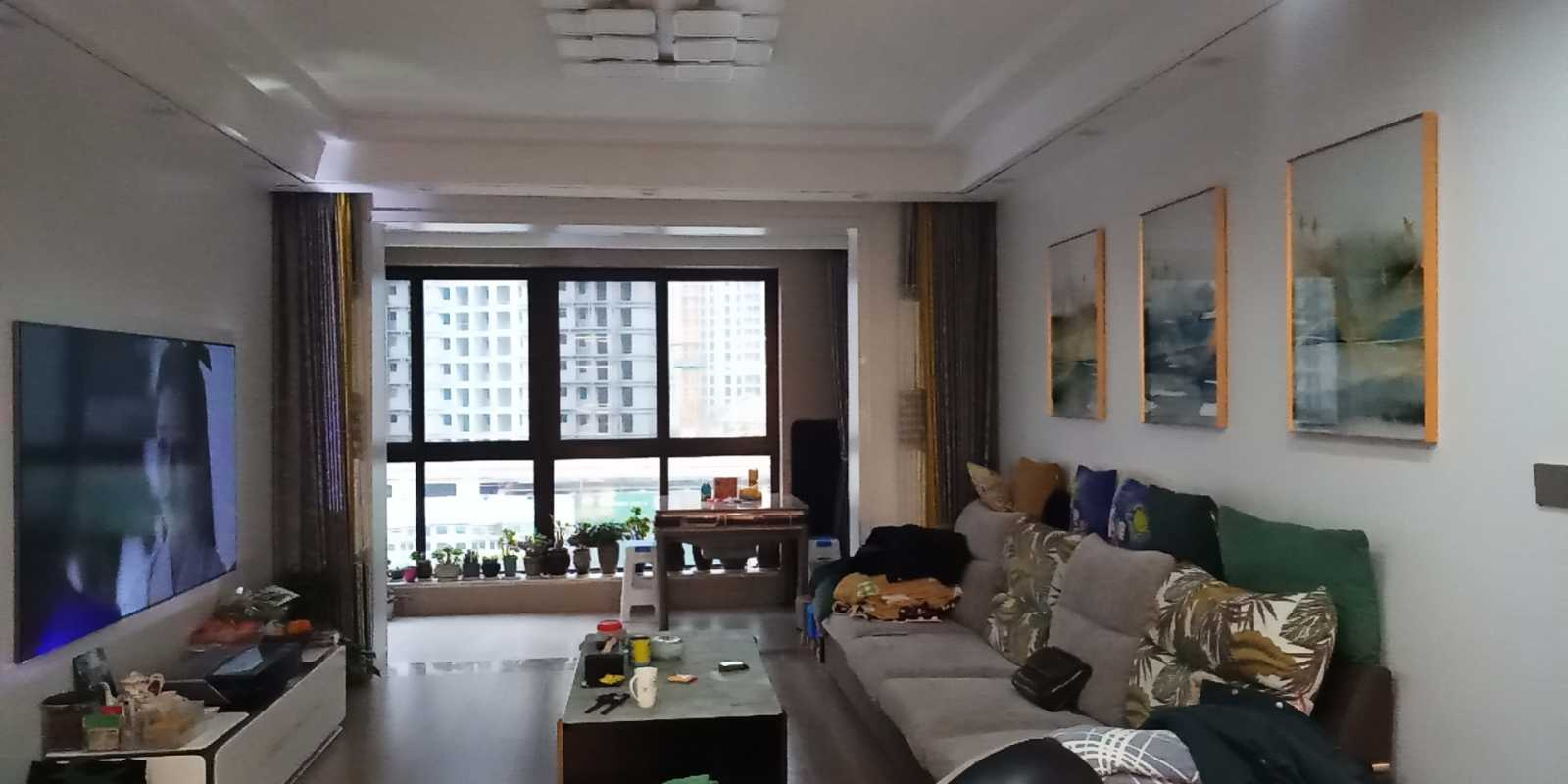 1230出售香悦半岛洋房5楼精装修136平方3-2-2售价188.8万