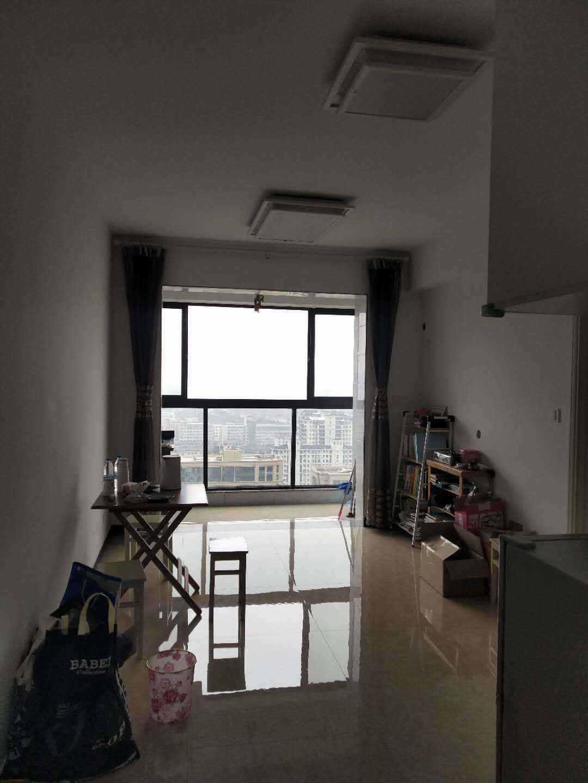 A021玉兰花园28楼、59.77平方、景观房、精装修,一室二厅一卫,售价65.8万元