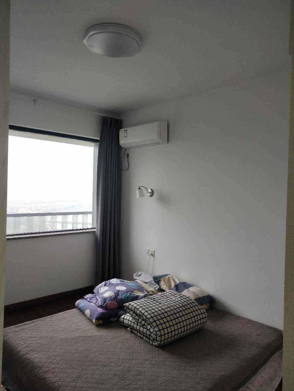 A021玉兰花园28楼、59.77平方、景观房、精装修,一室二厅一卫,售价65.8万元的实拍照片