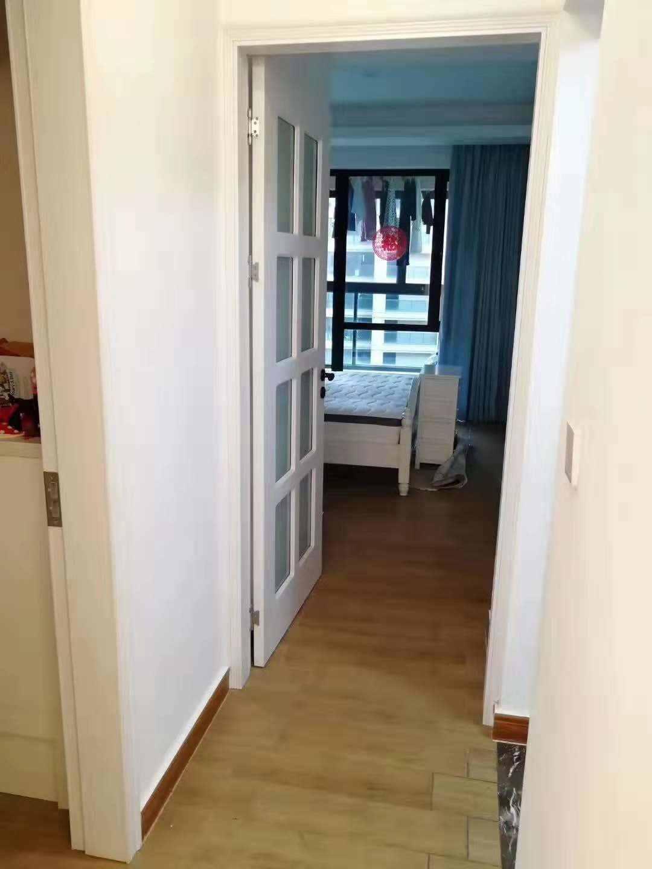 A01201玉兰花园8楼,89平,4室2厅1卫,实用面积和110一样大,精装修售价102万的实拍照片