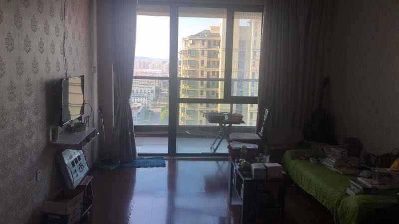 A01202玉兰花苑19/30楼,88平方,3室2厅1卫,简装,带一储藏室,售价87万的实拍照片