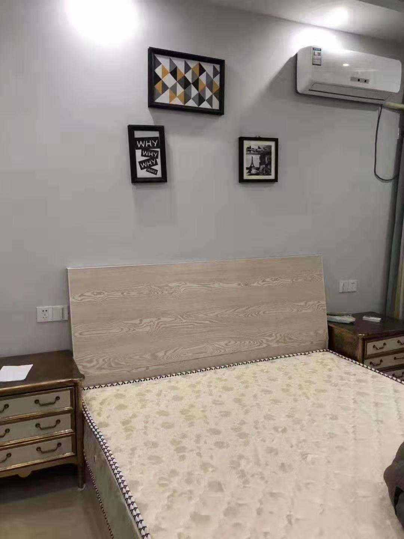 A02051出售三江城富民大厦单身公寓33.4平方,精装修,现在正在出租 ,售价26万的实拍照片