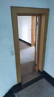 A02124出售东圃自建房1-4.5层,建筑面积448平方,2002年普通装修,一楼是店面,1-2楼已出租,2证也可以办三证,售价248万。的实拍照片