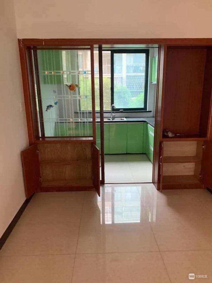 A03162出租江南春城2楼,90平方,二室一厅,年租2万5千,装修清爽,停车方便的实拍照片