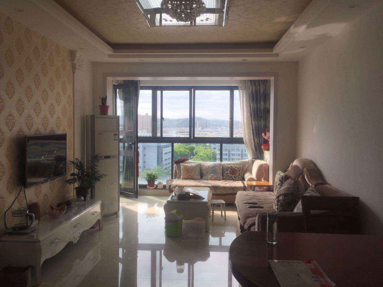 A03234出售城东玉兰花园电梯房11/30楼,89平,3室2厅1卫,3房朝南,阳光非常OK,精装修,售价95.8万