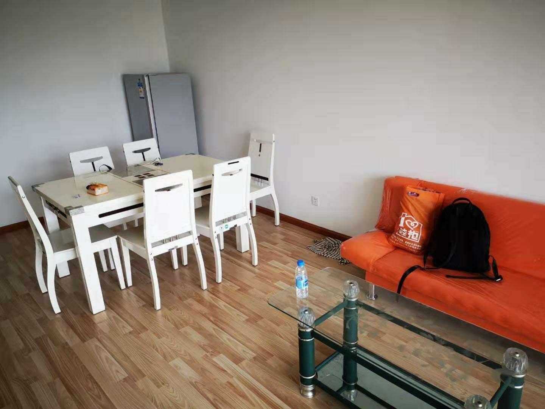 文慧苑两室一厅 出租的实拍照片
