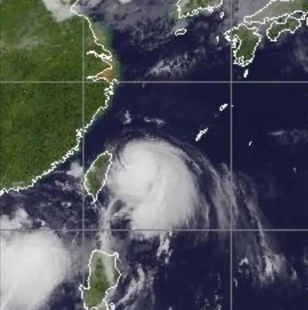 """重要通知!4号台风""""黑格比""""将于今夜至明天凌晨登陆浙江"""