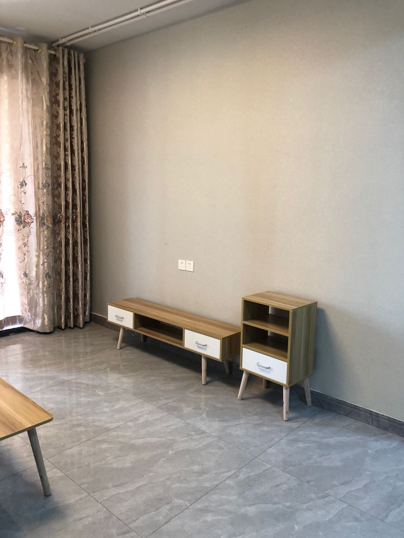 A08173出租城南金昌白鹭金湾23楼,98平,两室一厅+3阳台,精装修,家电齐全,拎包入住,首次出租,2500元/月的实拍照片