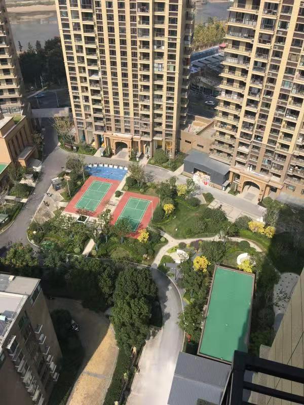 A11121出租城南碧桂园天玺湾21/24楼,西边套,127平方,3室2厅2卫,阳光好。带车位,包物业,每月3200元,空调电视均会安装。有意联系的实拍照片