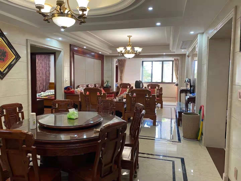 A12103出售城东玉兰花园电梯法式洋房2楼